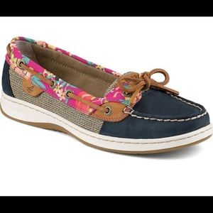 Cute floral Sperrys
